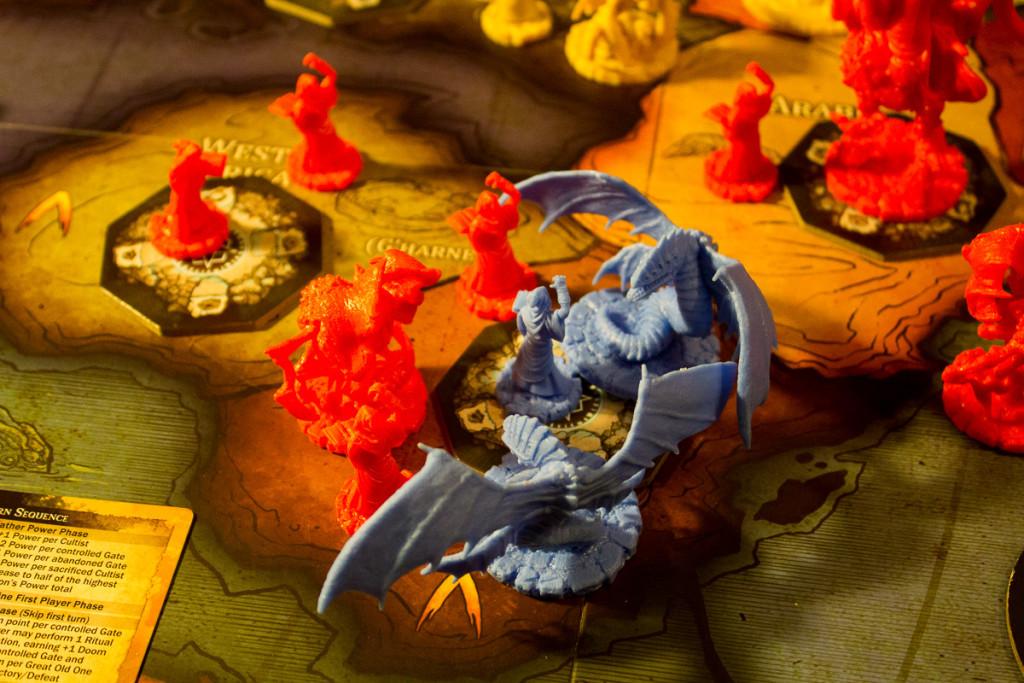 Cthulhu Wars- Figuren und Spielplan